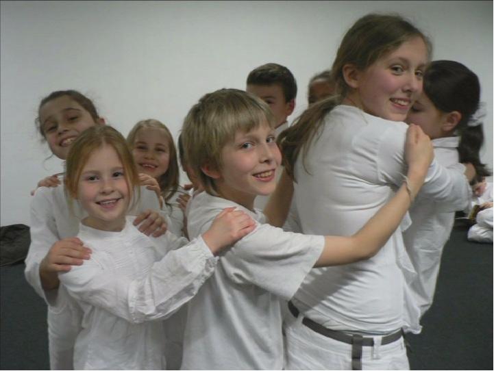 [ 2008 Novembre ] File-moi un fil @ Nuovo Marco & Choeur de Boondael - Enfants_2